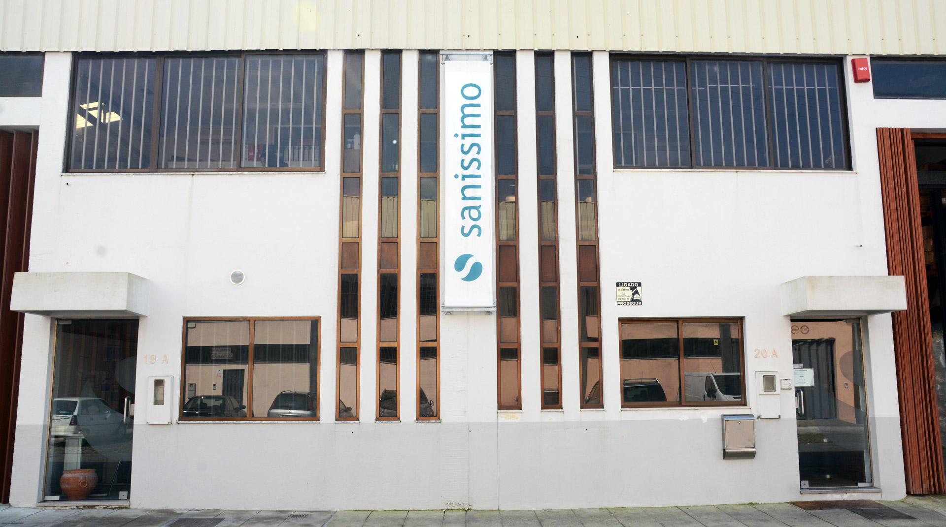 sanissimo_edificio_frente